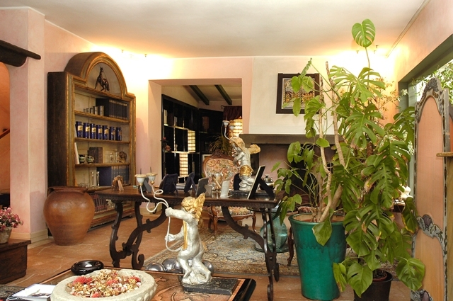 Prestigiosa villa a forte dei marmi studio immobiliare for Piani ponte veranda